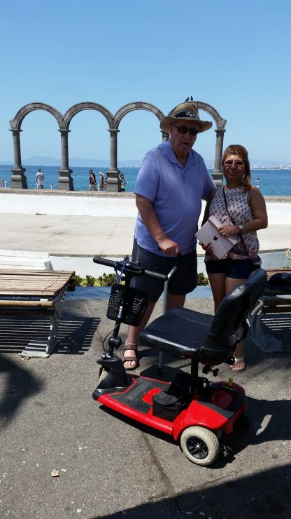 Lightweight 3 wheel scooter on the Malecon